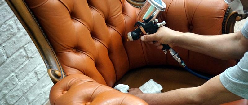 ソファや家具の破れ修理、染め直し、染め変えなど承ります。